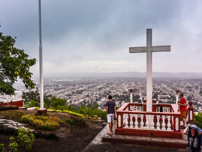 Jour 5 : Baracoa - Holguin  (256 KM - environ 05h00)